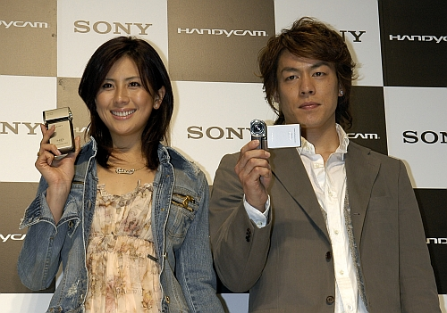 Новая видеокамера от «Sony» Handycam HDR-TG1