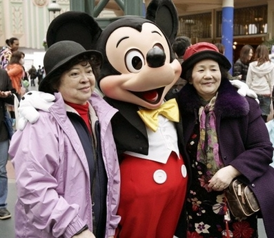 Токийскому Диснейленду 25 лет: волшебство продолжается