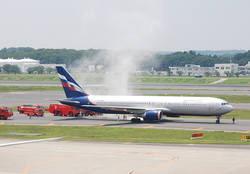 Самолет «Аэрофлота» загорелся в аэропорту Нарита