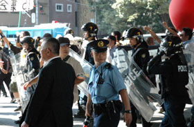 Анти-императорская группа снова будет протестовать в храме Ясукуни