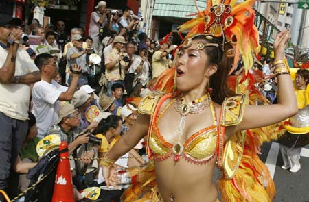 28-й Карнавал самбы в Токио