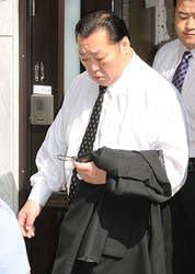 Председатель Ассоциации сумо Японии собирается в отставку из-за скандалов