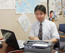 В городском совете Хигасикурумэ появился слабовидящий вице-председатель
