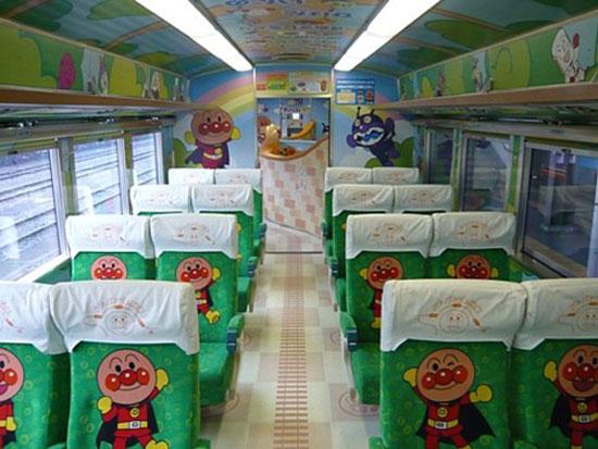 Разрисованные японские поезда