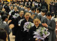 45 выпускниц школы Такарадзука