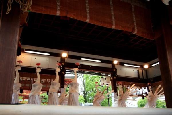 Танцующие цапли и фонарики