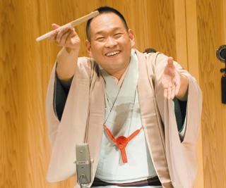 КацураКайси, один из наиболее любимых в Японии рассказчиков ракуго