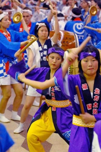 Церемония открытия фестиваля Кокура Гион Дайко (Kokura Gion Daiko) в Китакюсю (Kitakyushu), префектура Фукуока. 1.07.2007.