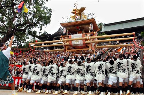 Фестиваль Нагасаки Кунти (Nagasaki Kunchi) в Нагасаки. 7.10.2007.