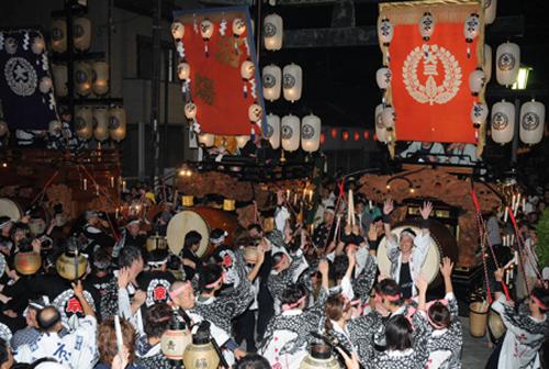 Фестиваль Иситори (Ishitori) в Куване (Kuwana), префектура Миэ. 2.08.2008.