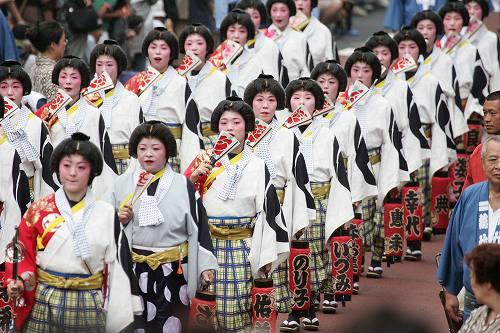 Фестиваль Рэйтайсай (Reitaisai) в храме Томиока Хатимангу (Tomioka Hachimangu). Токийский район Кото. 17.08.2008.