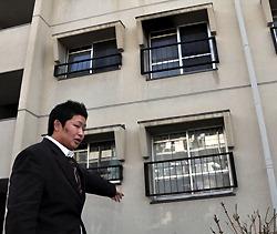 Сугимото рассказывает, как спас мальчика через окно на втором этаже