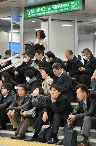 http://news.leit.ru/wp-content/uploads/2011/03/japan_devastating_earthquake_25.jpg