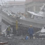 japan_devastating_earthquake_8_11