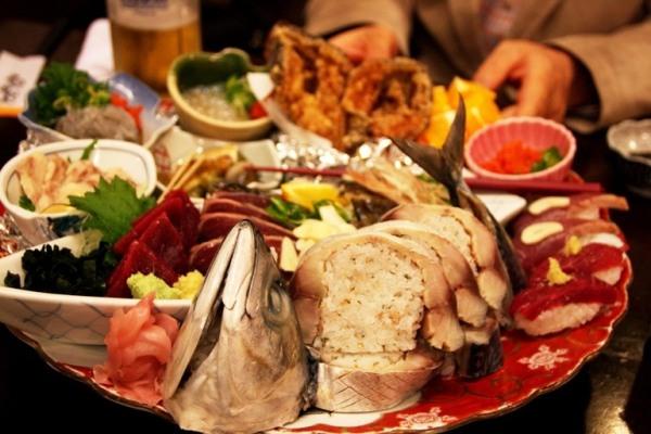 http://news.leit.ru/wp-content/uploads/2011/03/japan_kochi_cuisine_16.jpg
