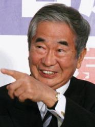 Синтаро Исихара после перевыборов на третий срок на пост губернатора Токио. Апрель 2007 г.