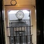 Вид на тендер паровоза из первого вагона
