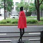 japan_midosuji_red_cloth_15