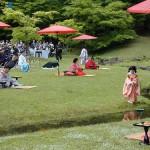 «Реконструкция» поэтического соревнования среди знати эпохи Хэйан. Храм Моцу-дзи в Хираидзуми. 27-е мая 2007 г.