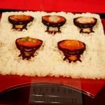 Вот тут не очень поняла, что изображено. То ли ванко-соба (блюдо Тохоку), то ли варианты домбури со всякой морской едой, тоже чрезвычайно популярные в прибрежных районах Тохоку