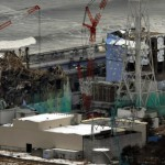 Слева направо: то, что осталось от реакторных зданий №№3,4 АЭС «Фукусима-1». 26-е февраля 2012 г.