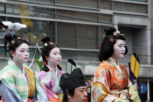 Краткая история японских женских