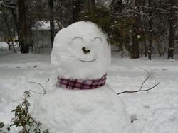 Снеговик, которого слепил автор вместе с дочерью