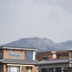 На вершине горы Хиэй практически нет снега