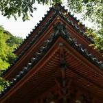 Трехъярусная пагода храма