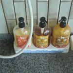 Набор мыло-шампунь-тритмент на лошадином жире. Наверное, что-то страшно полезное