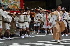 japanese_men_gion_matsuri_2013_073