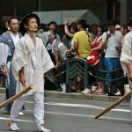 japanese_men_gion_matsuri_2013_110