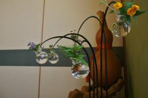Бутылка-тыква и подставка с вазочками с другого ракурса. Ну, красотища же, а?