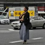 Дальше пошли отдельные известные деятели времен Бакумацу. Снимала я всех, но оставить решила только отдельных личностей по уже указанной выше причине. Это вот, например, - Сайго Китиносукэ, больше известный как Сайго Такамори - лидер уже упомянутого клана Сацума, один из тех, благодаря которым состоялось восстановление прямого правления императора, И, кстати, один из первых, чье имя внесено в списки храма Ясукуни. Одет в типичный самурайский прикид времен позднего Эдо