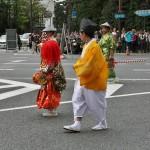 Мальчик-танцор с барабаном