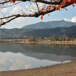 На подходах к храму. Это пруд Хиросава-но икэ