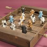 """Автор - Андо Титодзэ 安藤千都勢. Название - """"Футбол манэки-нэко"""". Ну, тут понятно все: две команды по шесть котов-манэки могут играть в футбол. Собственно, тоже изрядно ностальгическая игрушка"""