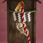"""Автор - Ямадзаки Киётака 山崎清孝. Название - """"Кот, звонящий в колокол"""". Такие колокольцы висят в храмах, обычно в них звонят во время обращения к богам"""