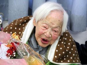 Мисао Окава отмечает свой 115-й день рождения. 5-е марта 2013 г. Фото Томохито Окады