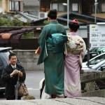 Какое кимоно на даме! И оби тоже хорош
