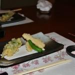 Тэмпура из сезонных овощей, включая побег бамбука. Макать предлагалось не в соус, а в соль (мелконатертую каменную) - это, типа, круто считается