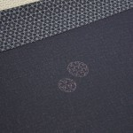 """Черная двухсторонняя - это тоже по дизайну Хокусая, из его книги """"北斎模様"""" - """"узоры Хокусая"""". Во время Эдо имели хождение """"модные журналы"""", где печатались дизайны как косодэ, так и тканей. В разработке таких дизайнов часто принимали участие известные художники. Вот и Хокусай тоже"""