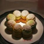 Разработанный Контисини десерт на основе японских продуктов. Зеленый порошковый чай четко просматривается. К сожалению, этот десерт надо заказывать. Вот так, чтоб придти и сразу взять, не делают