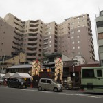 japan_on the threshold_of_gion_matsuri_33